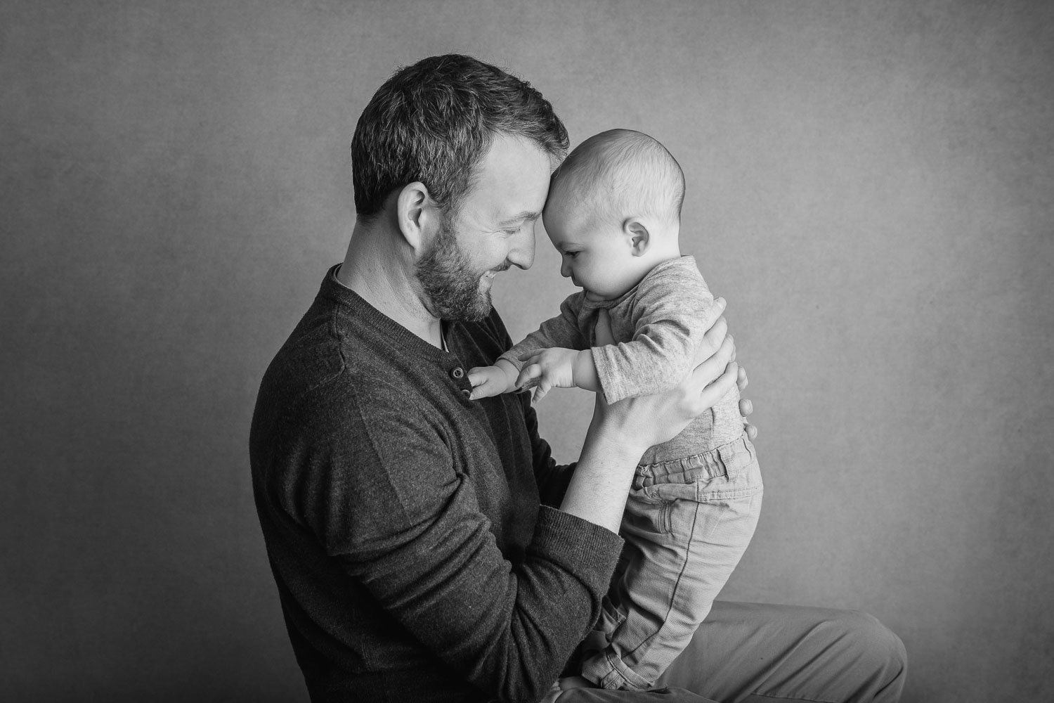 dad and baby photograph by siobhan kelly photography