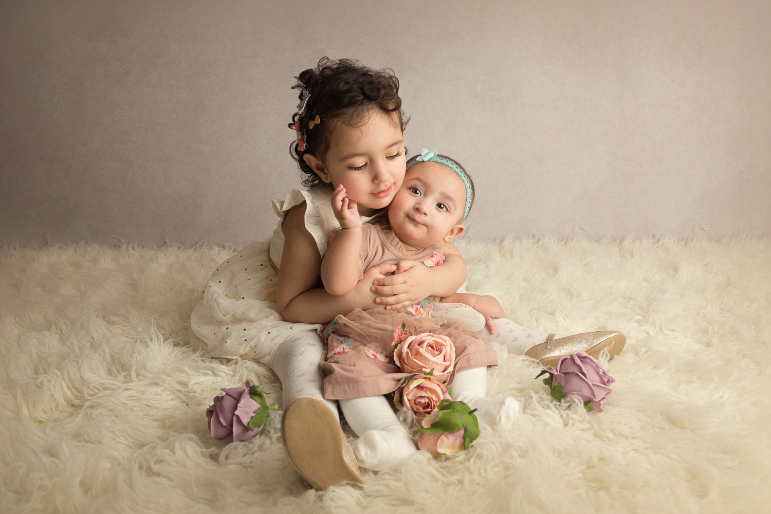 child and baby photo by siobhan kelly photography