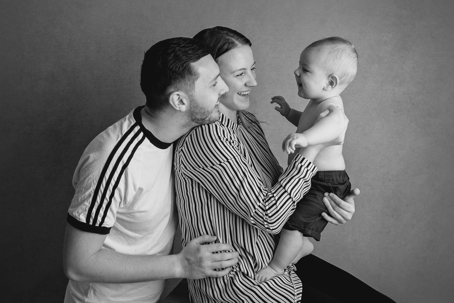 black and white family photograph by siobhan kelly photography