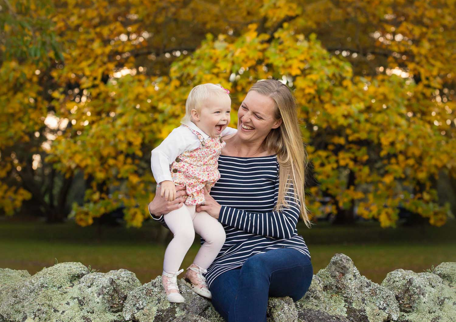 mother and toddler photography by siobhan kelly photography