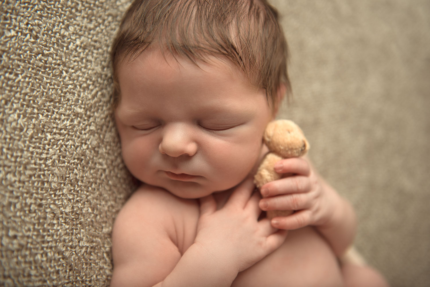 baby with teddy by siobhan kelly photography